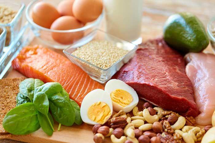 Chế độ ăn ít chất bột đường, ít chất béo, nhiều chất đạm