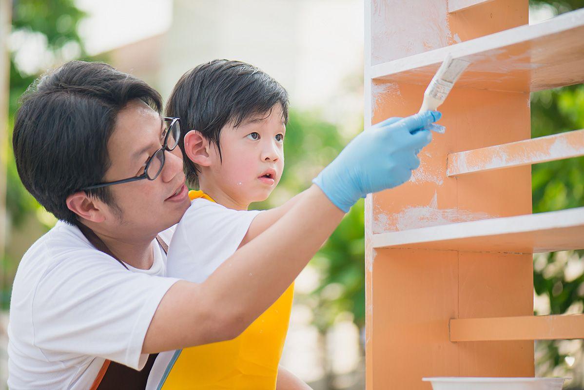 Những trải nghiệm cuộc sống tác động lên gen của trẻ