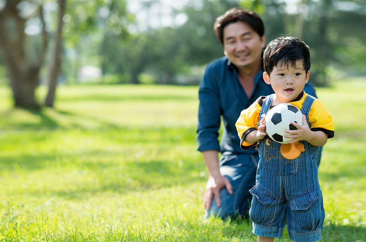 Trẻ tự kỷ có thể thừa hưởng đột biến ADN từ người cha
