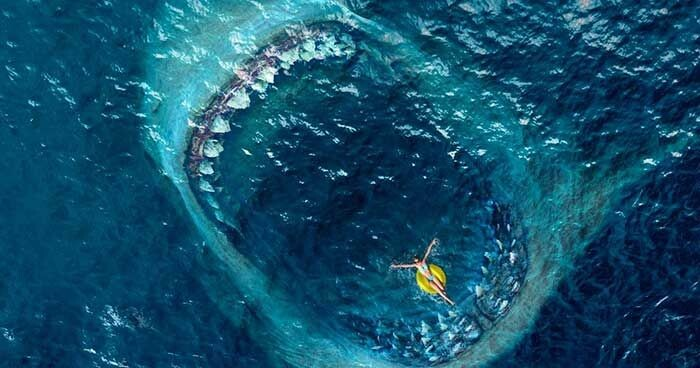 Thalassophobia là gì? Hội chứng sợ biển trong Underwater