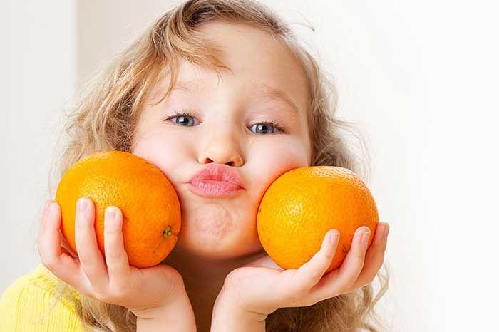 Vitamin C là gì? Có vai trò và tác dụng gì cho bé